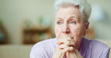 Femme âgée et protection juridique